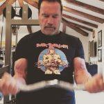 Schwarzenegger besuchte heimlich Budapest, trainierte mit einem jungen Mädchen