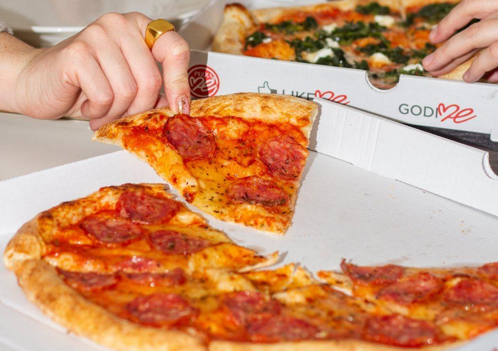 Frisch geimpft? Beim ungarischen Pizza Me erhalten Sie ein Stück Pizza gratis post's picture