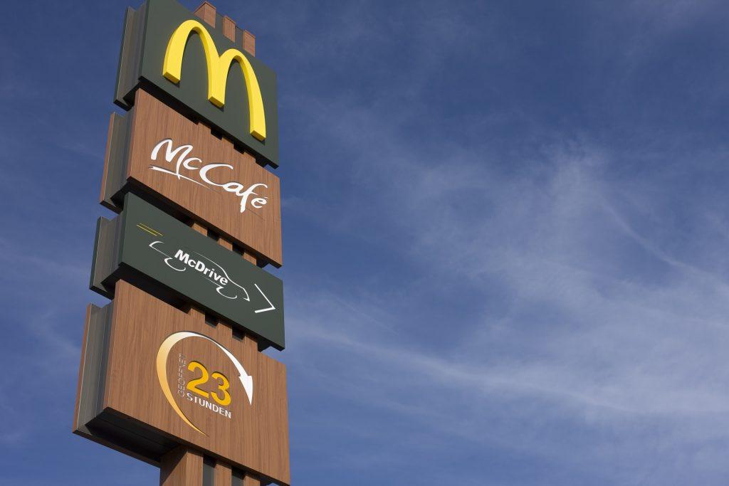 McDonald's feuert Mitarbeiter nach ekelhaftem und schockierendem Video post's picture