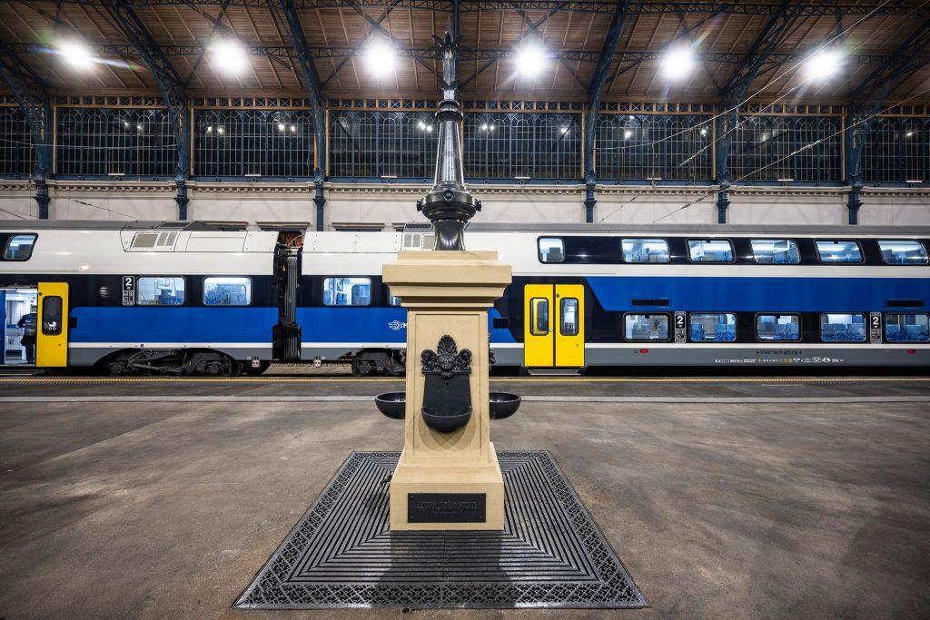Renovierte Bahnsteighalle des Budapester Westbahnhofs übergeben – Fotos! post's picture
