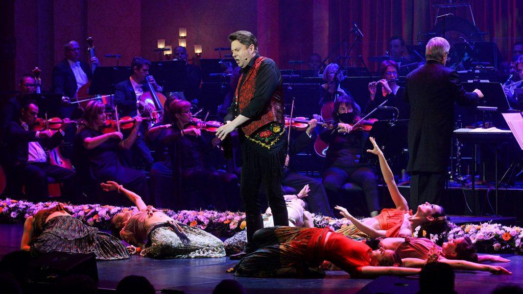 Ungarische Operette auf Tour in Nordamerika post's picture