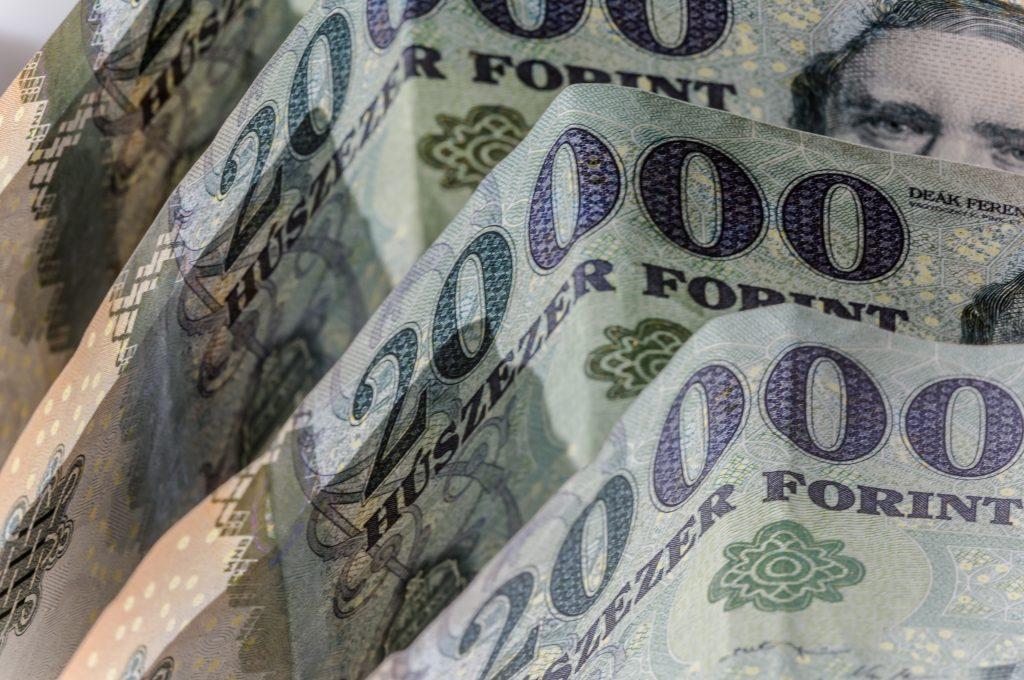 Weniger als 5.000 ungarische Familien besitzen 30 % des gesamten inländischen Nettofinanzvermögens post's picture