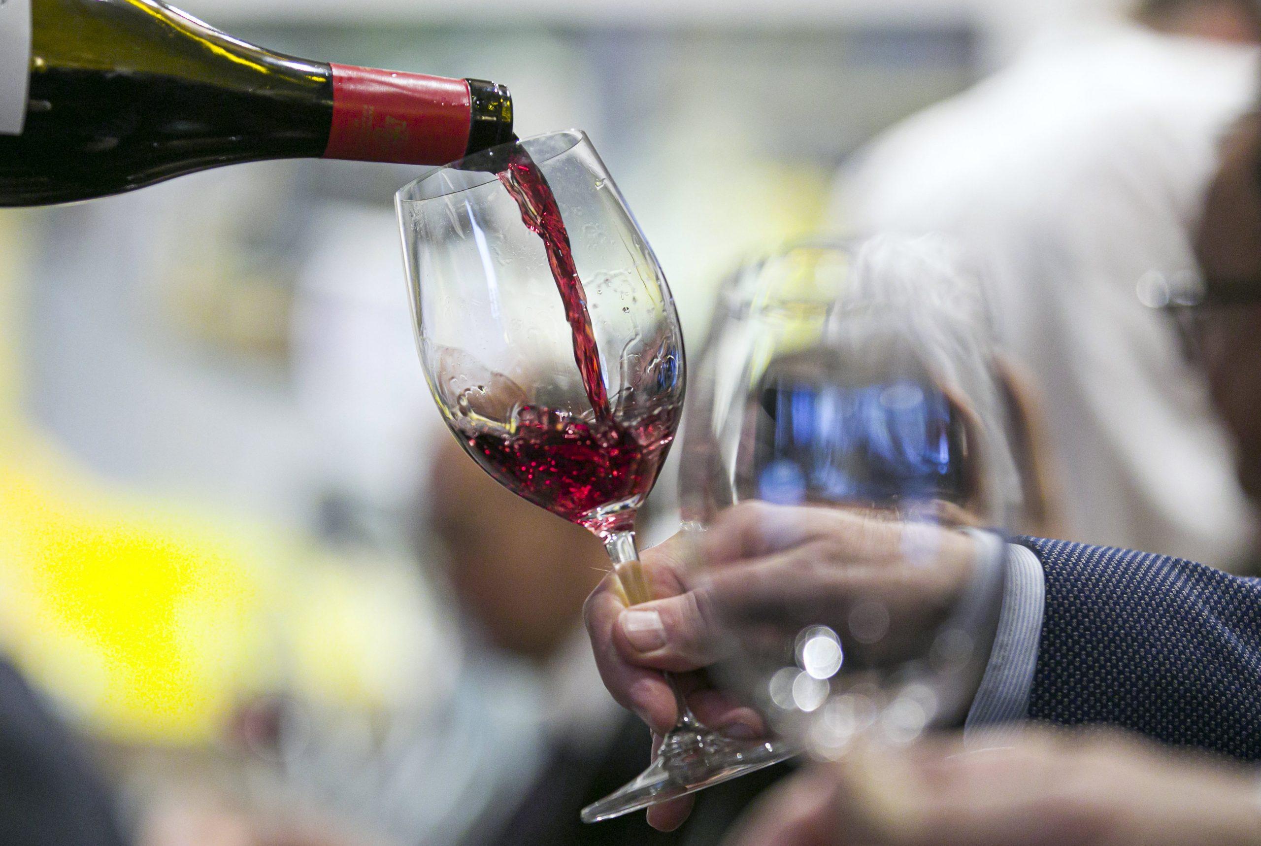 Ungarn gewinnt Weltmeisterschaft der Weinverkostung