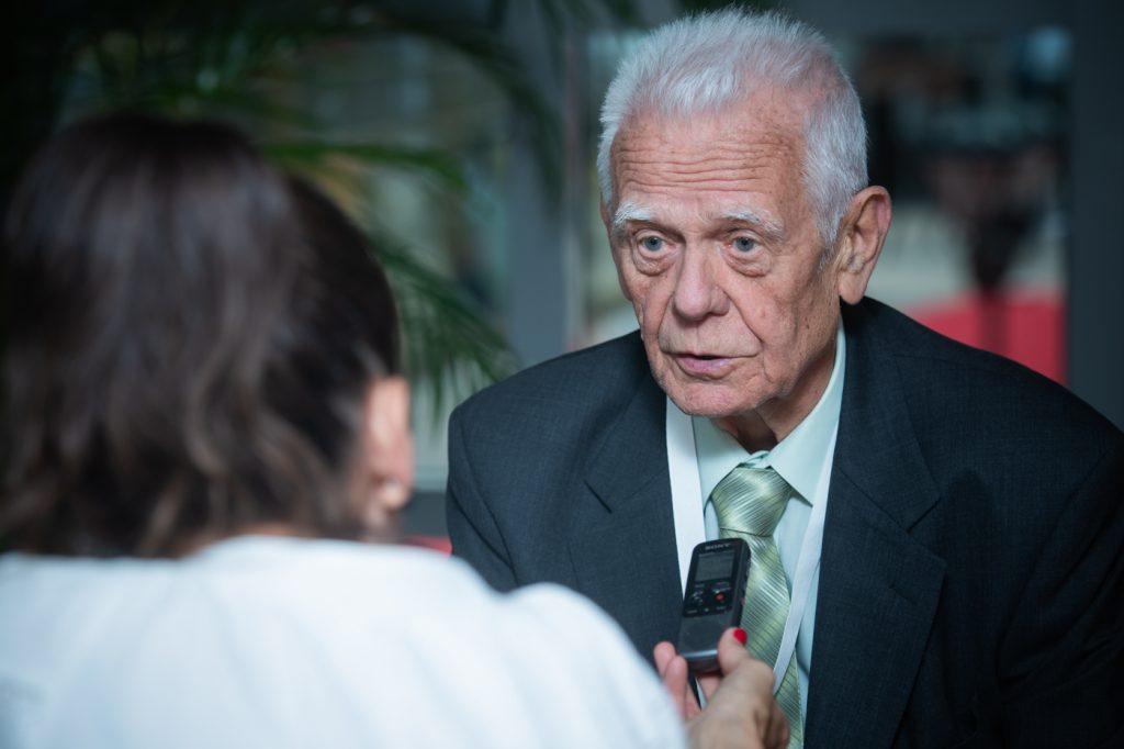 """""""Ich hasse niemanden dafür, dass ich nach 1956 zu Unrecht inhaftiert wurde"""" Interview!"""