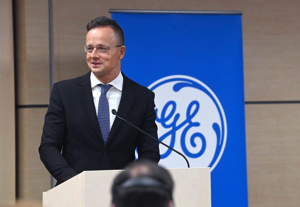 General Electric investiert 10 Milliarden Forint und schafft 100 Arbeitsplätze post's picture